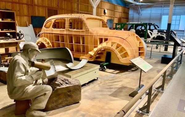 トヨタ産業技術記念館の自動車館